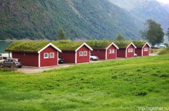 Кемпинг кабины на берегу озера Oldevatnet, Норвегия