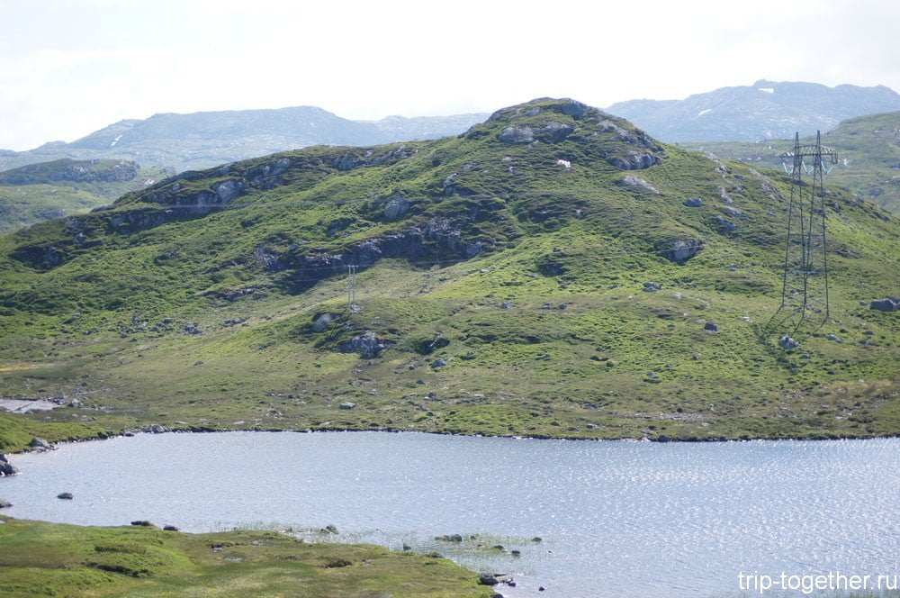 Горные озера и ЛЭП