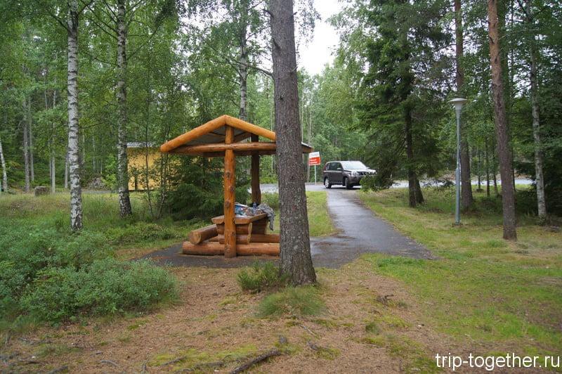 Зона для отдыха в Швеции, по дороге Стокгольм Осло на машине