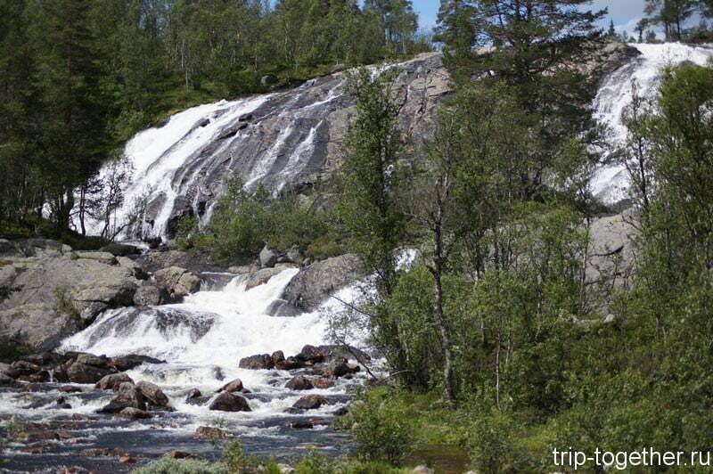 Очень красивый водопад в Норвегии по дороге Осло - Ставангер
