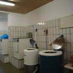 Сушильная машина и центрефуги для отжима белья в Bannwaldsee кемпинге