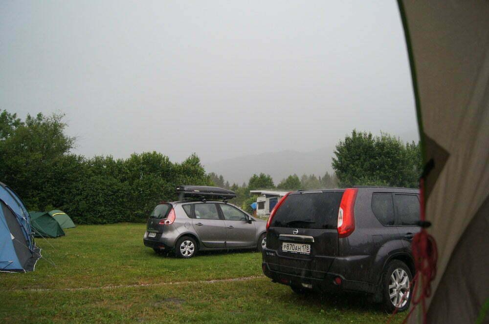 Фото баварского дождя из нашей палатки