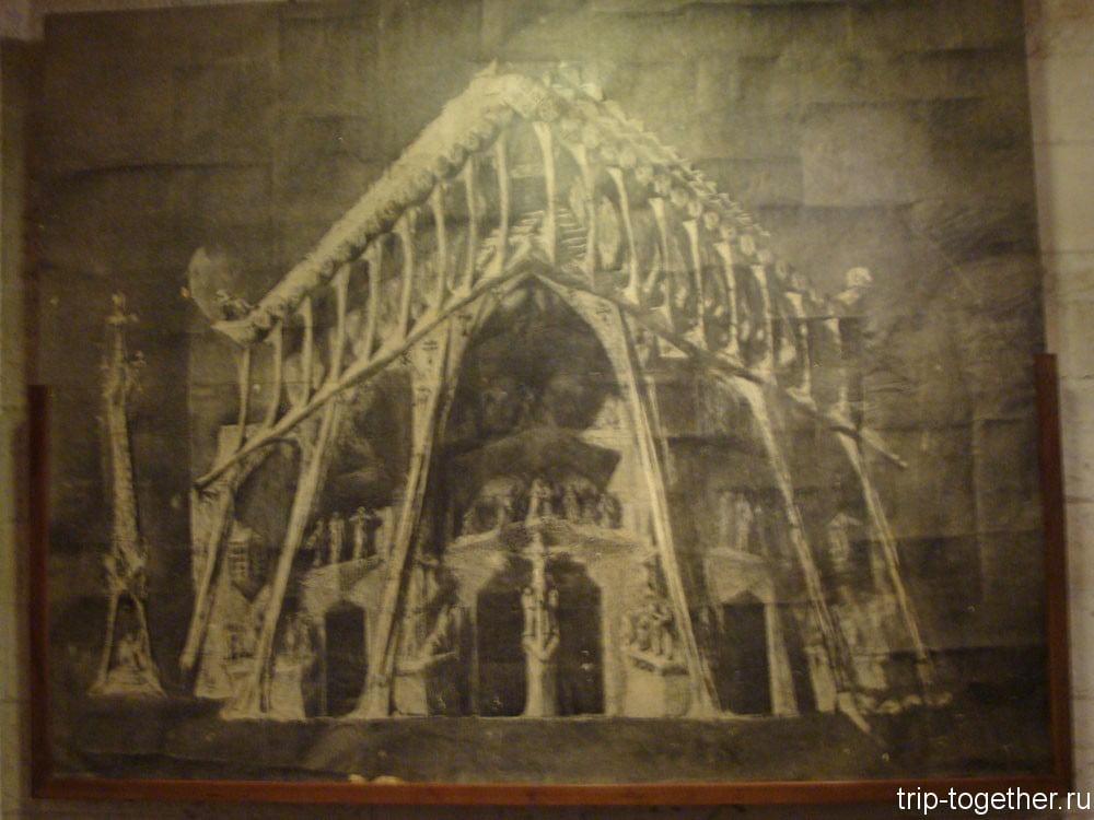 В музее строительства собора Саграда-Фамилия в Барселоне