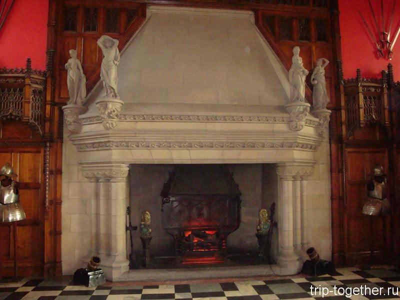 Камин в Грейт-Холле в Эдинбургском замке