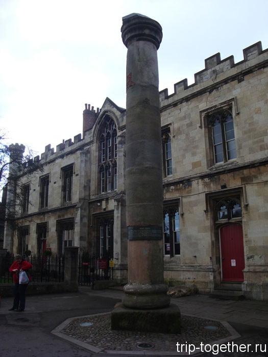 Римская колонна