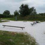 Детская площадка рядом с заправкой в Бельгии