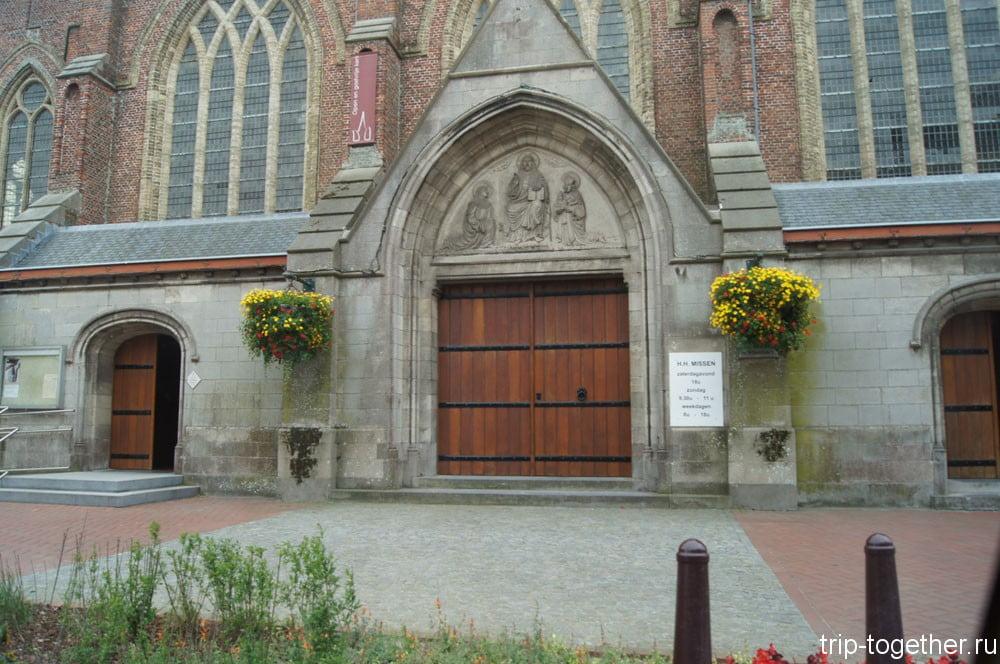 Кафедральный собор Христа Спасителя Достопримечательности Брюгге