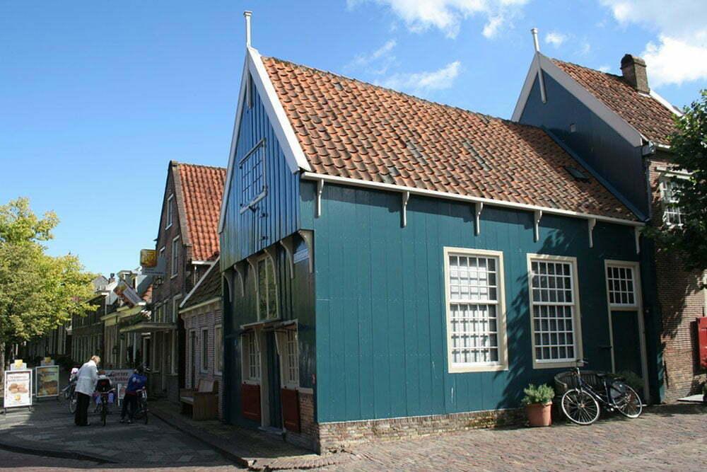 Самый старый дом в Эдаме, 1550 год.
