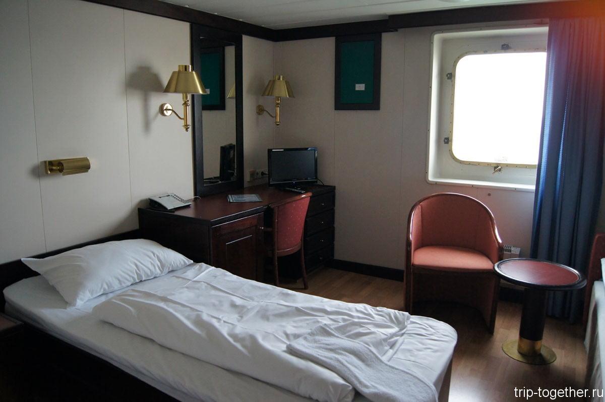 A4 Outside cabin - 3 кровати на полу и всего одна верхней полкой