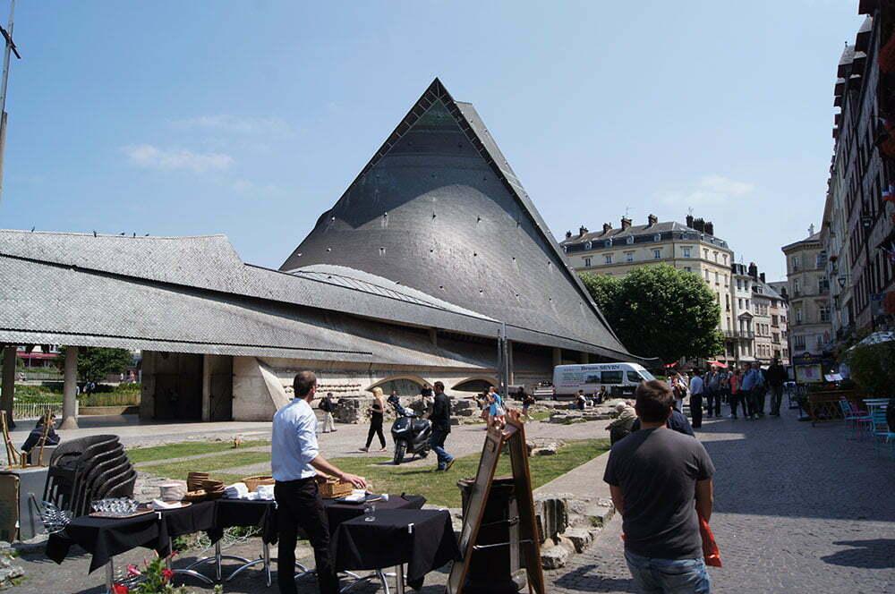 Церковь Жанны в Руане