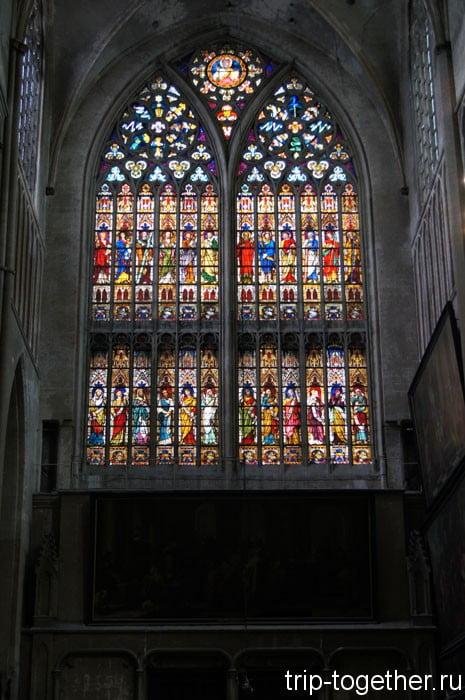 Кафедральный собор Христа Спасителя (Sint-Salvatorskathedraal)