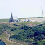 часовня La Chapelle Notre-Dame de la Garde и монумент памяти пилотам Шарлю Нэнжессери и Франсуа Коли