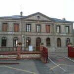 Школа рядом с кемпингом Tilleuls