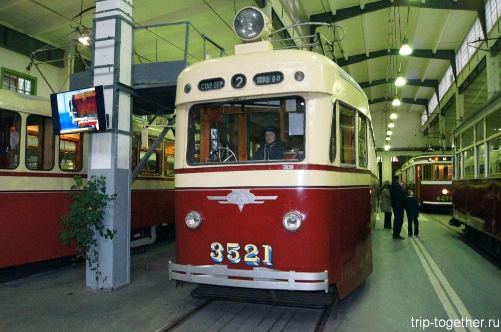 Трамвайный поезд ЛМ-47 №3521 + ЛП-47 №3584 («Слон»)