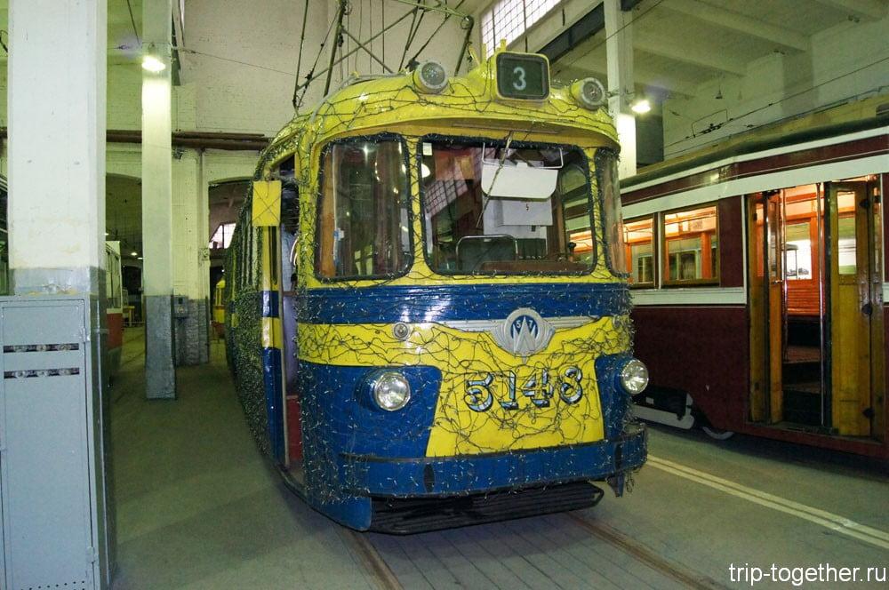 Трамвай ЛМ-57 №5148 («Стиляга»)