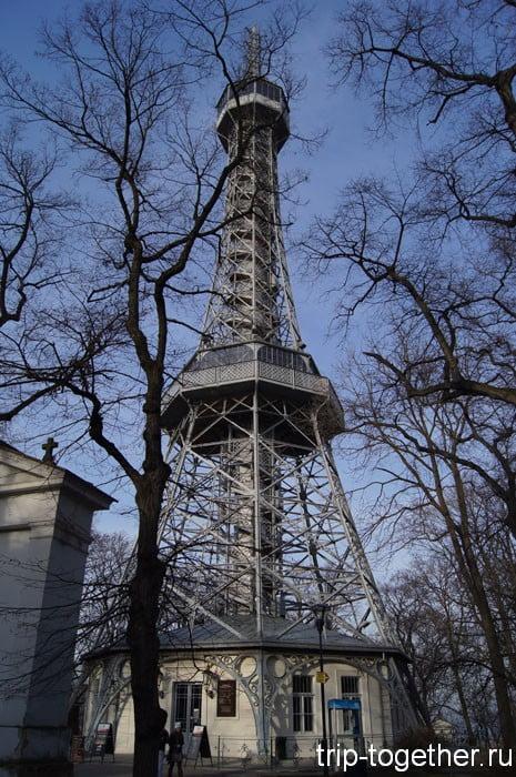 Пражская Эйфелева башня на холме Пе́тршин