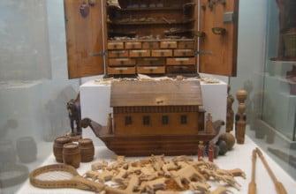 Игрушечный Ноев ковчег