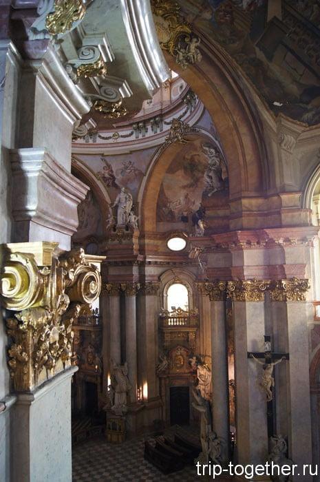 Своды собора Святого Микулаша