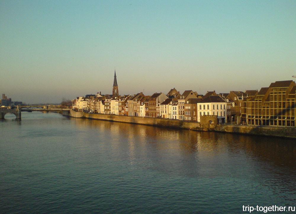 Маастрихт, город на реке Маас
