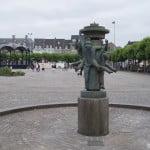 Скульптура на площади Врейтхоф