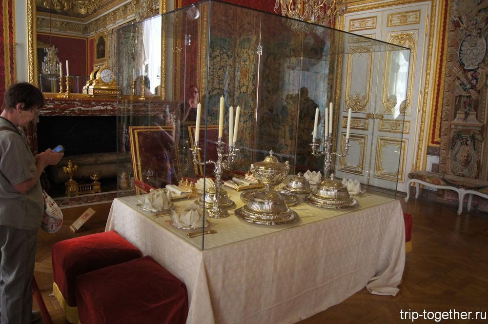 Сервировка королевского стола