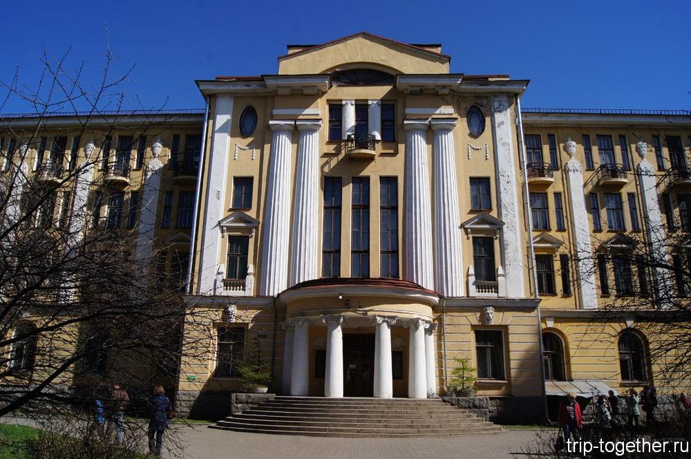 Здание Ботанического института