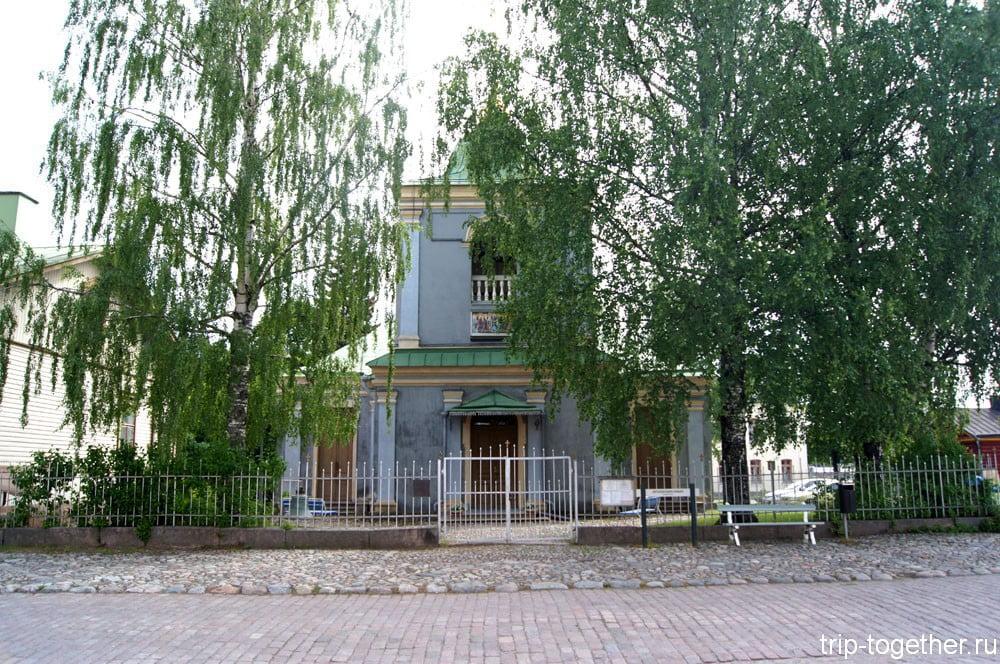 Церковь Покрова Пресвятой Богородицы.