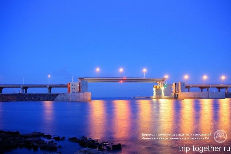 Подъем моста на судопропускном сооружении С2