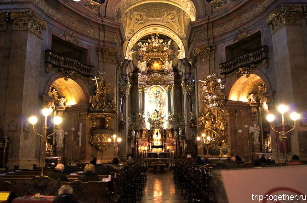 Интерьер Церкви Святого Петра, Вена