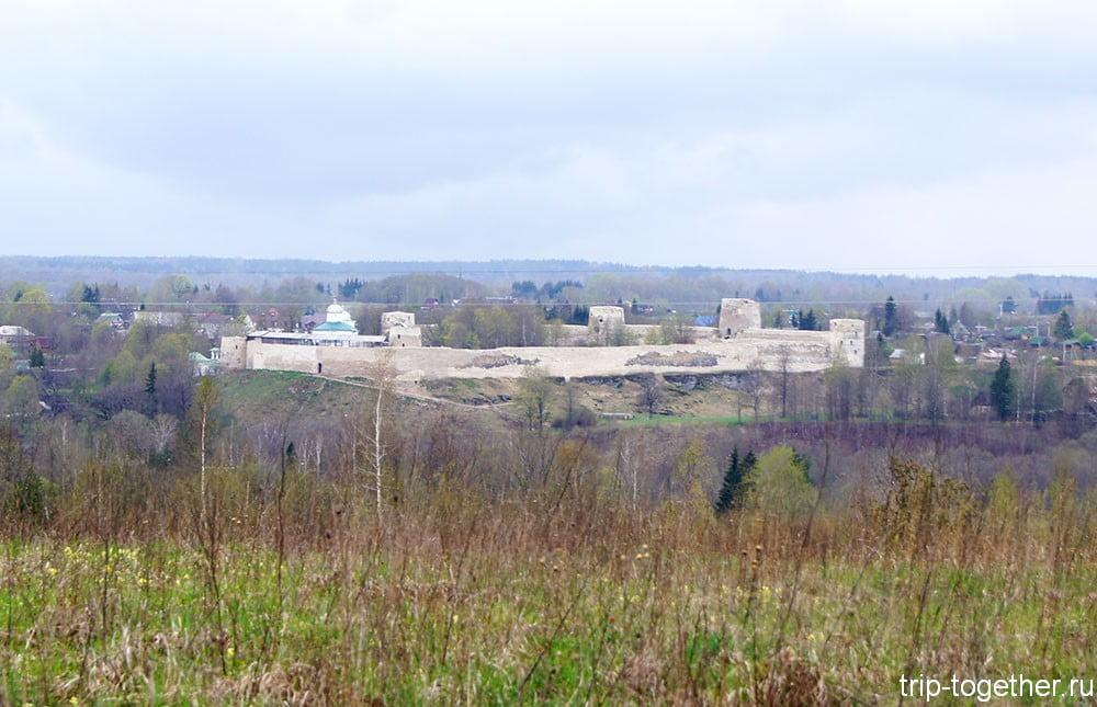 Достопримечательности Изборска - крепость