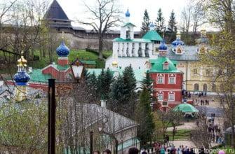 Монастырь в Печорах. Псковская область