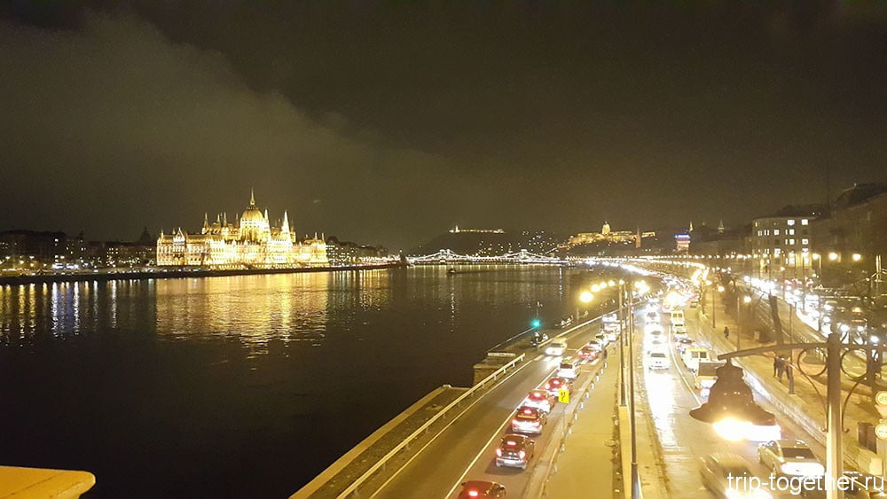 parlament-budapest-night