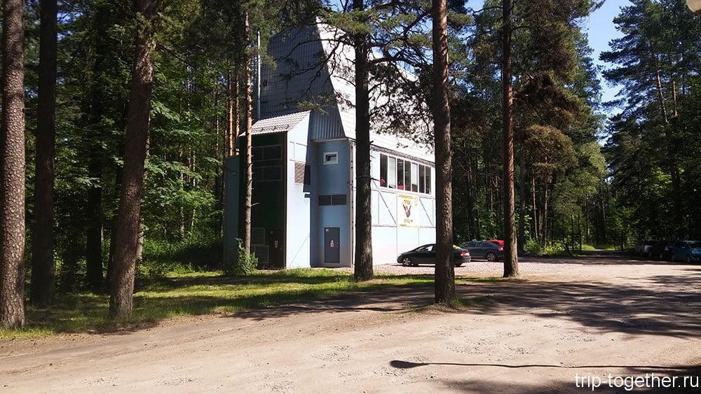 Здание аэротрубы в Зеленогорске