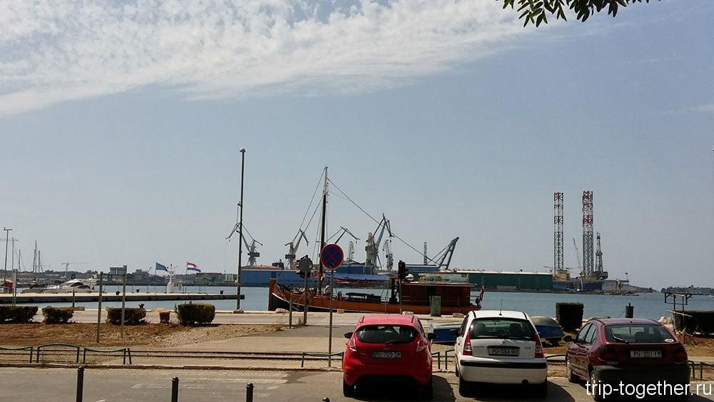 Пула, порт.