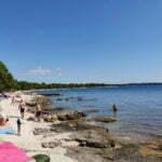 Пляж Куви (Cuvi) не удобный заход