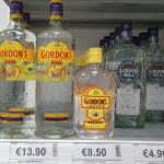 Британский джин Gordons - 13,90 евро литр, 8,50 евро пол литра