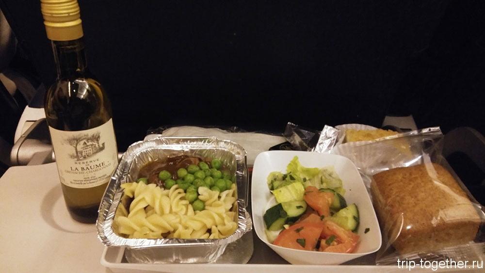 Лиссабон - ужин на борту AirFrance