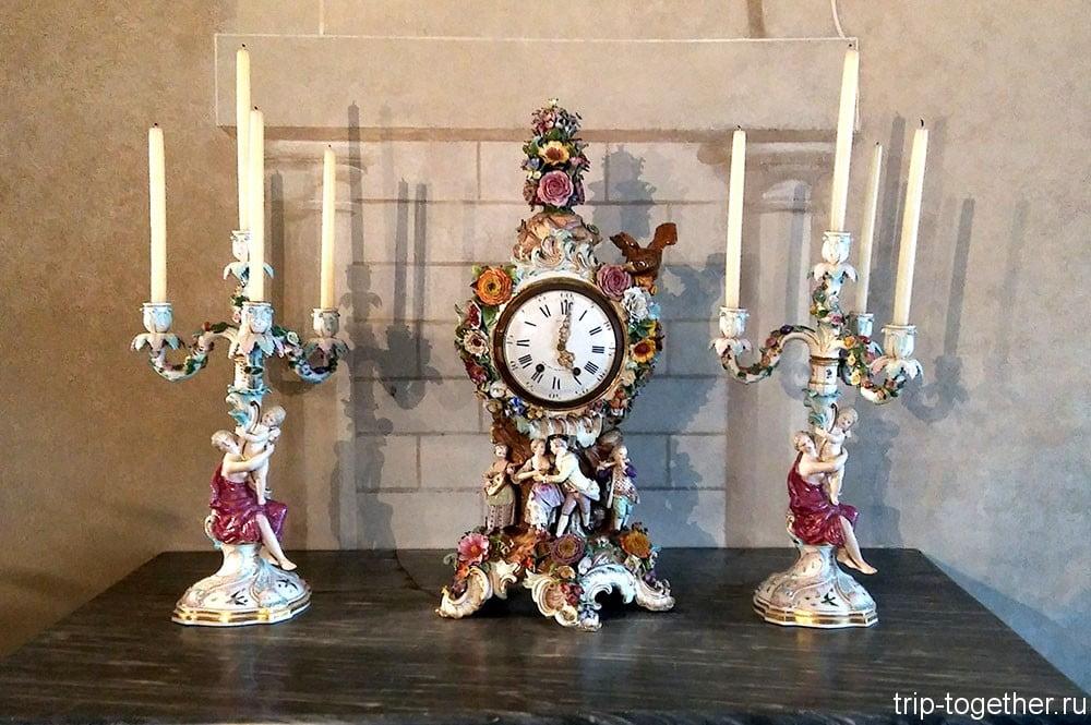 Дворец Пена, фарфоровые часы