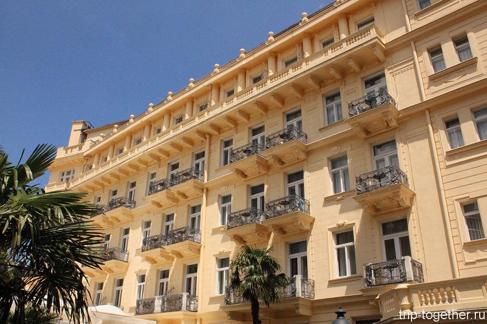 Опатия. Отель в первой линии.