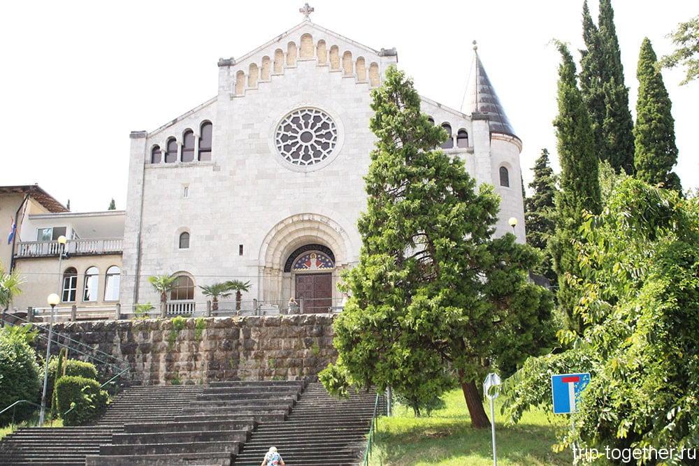 Опатия. Церковь Благовещения Пресвятой Богородицы, 1906 год