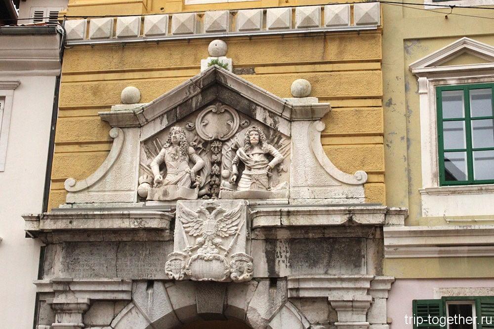 Риека. Городская башня (фрагмент)