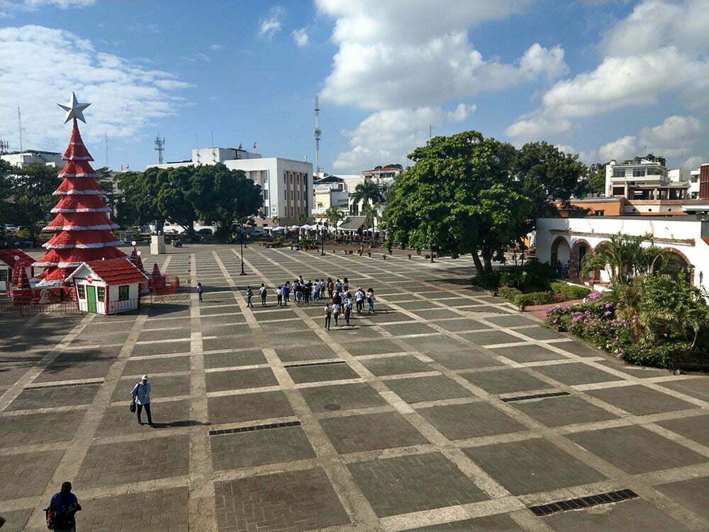 Санто Доминго, первая площадь Америки