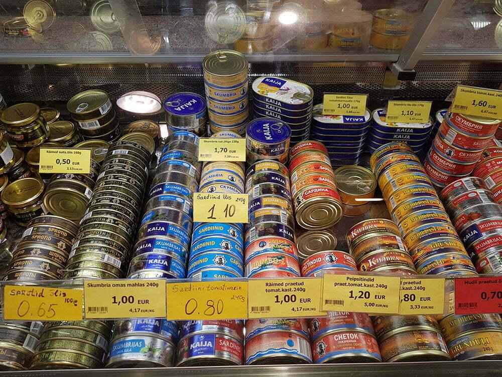 Цены и ассортимент рыбных консервов на таллинском рынке