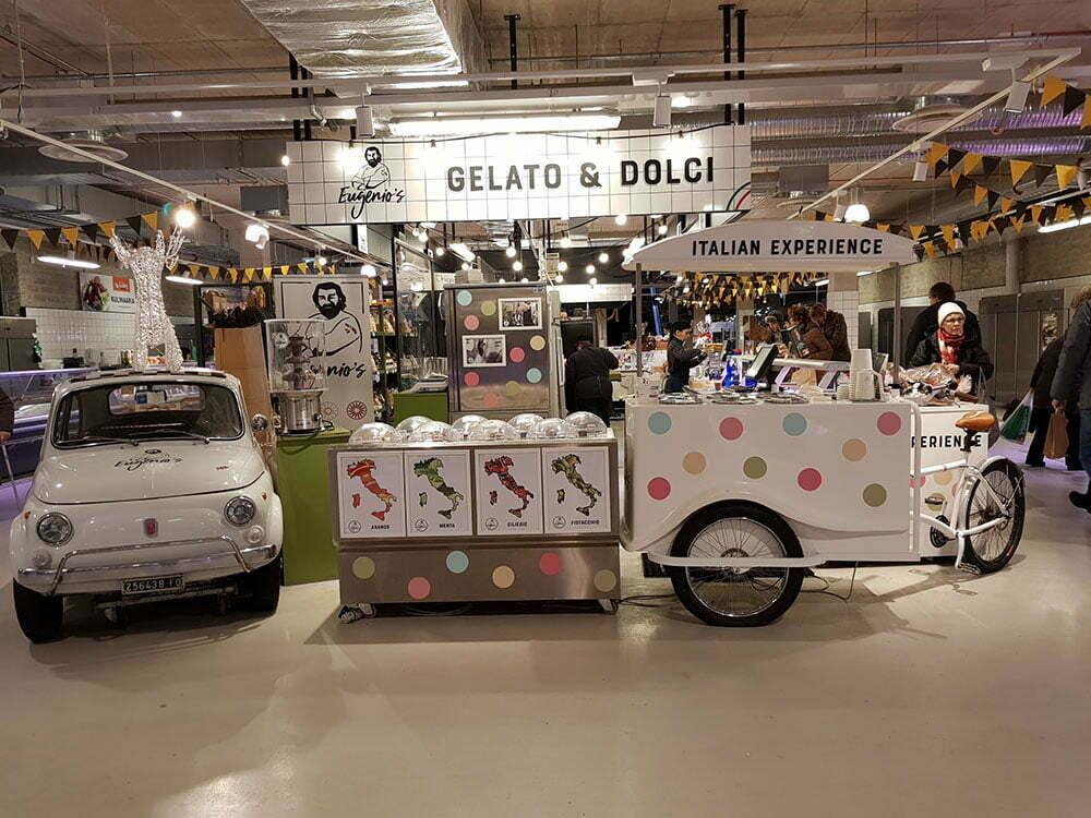 Итальянское мороженое на рынке в Таллине