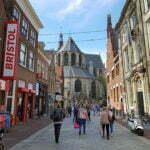 Собор Святого Лаврентия со стороны Langestraat