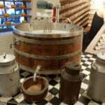 Экспонаты музея сыра