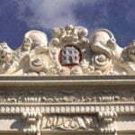 Фронтон дома со львами, Алкмар