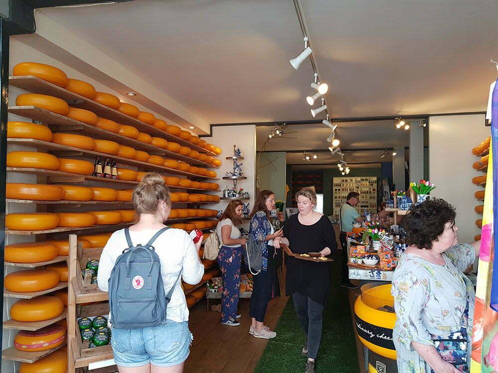 Магазин сыра в Гауде