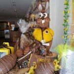Пасхальных шоколадный заяц в магазине Olala