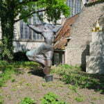 Современное искусство в музейном дворике Гауды